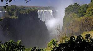Zimbabwe offers the international sportsman vast, unfenced hunting areas.